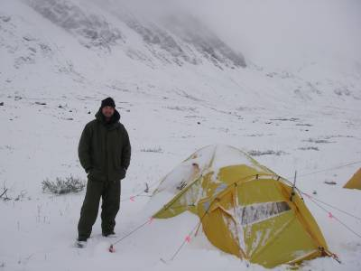 b2ap3_thumbnail_Billy-in-snow-in-summer-in-Artic.JPG